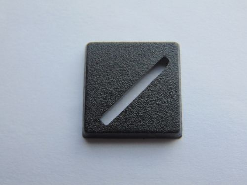 square base 20mm slotta (random)